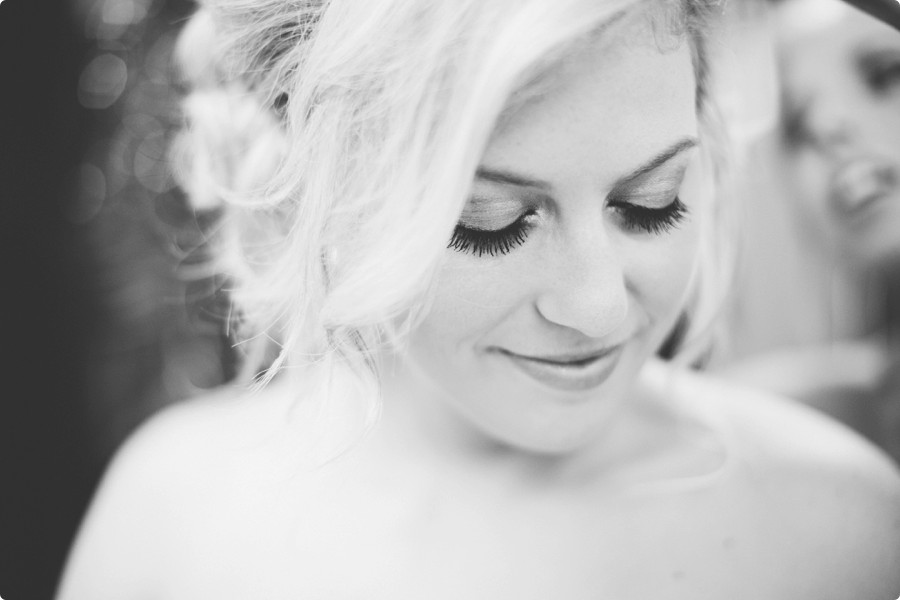 Omaha Wedding Photographers - Laura + Matti Preview 10