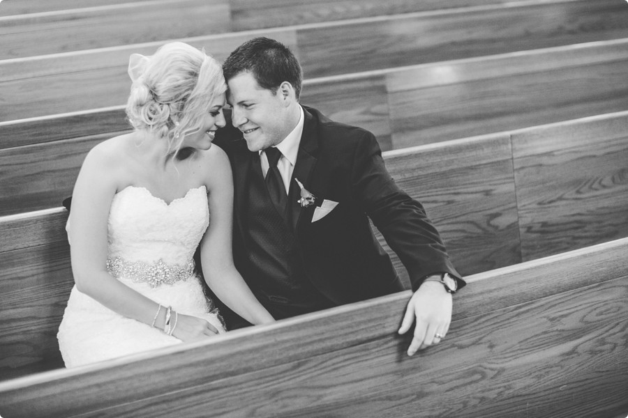 Omaha Wedding Photographers - Laura + Matti Preview 24