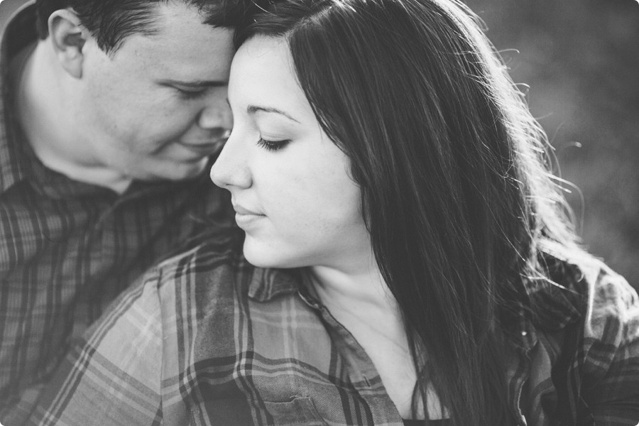 Omaha Engagement Photography - Angie & Mat 14