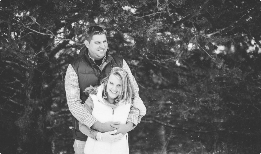 Omaha Engagement Photography - Jessica & Zach 07