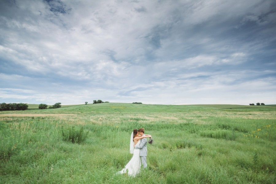 Omaha Wedding Photography - Gabby & Brett 23
