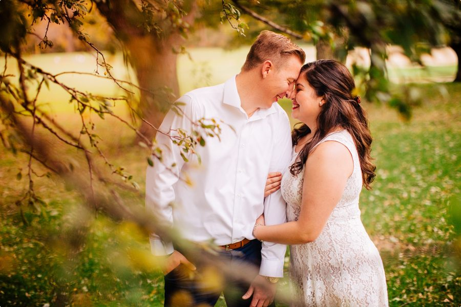 Omaha Nebraska Engagement and Wedding Photographers